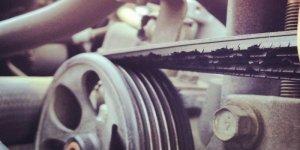 Как убрать свист ремня генератора и причины свиста